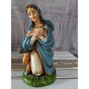 vintage Italian kneeling Mary religious statue fig